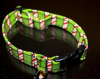 Christmas Cat Collar Your choice of print.