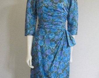 Wiggle Dress / 60s Dress / Mad Men / Mad Men Joan Dress / Floral Dress / Blue Floral Dress / Silk Dress / Dress Wedding / Cocktail Dress
