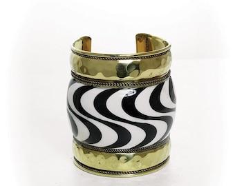 Gold Band Zebra Cuff