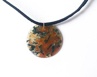 Circle glass pendant choker necklace