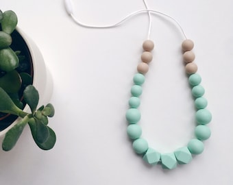 LEXI Necklace // Teething // Teething Necklace // Nursing Necklace // Silicone Beads // 100% Food Grade Silicone // Modern Jewellery
