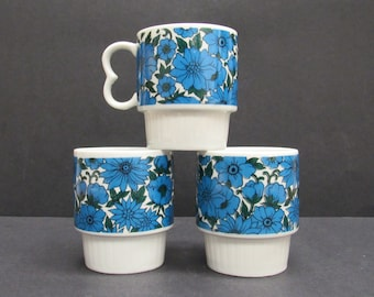 Vintage Mod Blue Floral Stacking Coffee Mugs, Set of 3 (E10045)