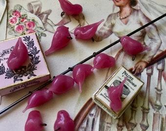 Vintage glass birds charms, Tiny Bird findings, pink birds, bird assemblage, Decorative Birds, Jewelry supplies, Vintage Supplies, #1138F