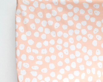 Changing Pad Cover in Blush Inky Spots, Peach Polka Dots