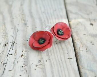 Red poppy earrings Poppy jewelry Dangle poppy earring Red earrings Red flower earring Flower jewelry gift Romantic earrings Wedding jewelry