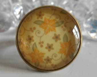 """Ring bronze """"yellow flowers"""" glass cabochon"""