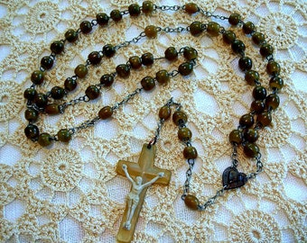 Vintage Irish Cattle Horn Catholic Rosary, Made in Eire / Ireland ca. 1950s ~ Natural Beads