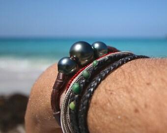 GIGANTIC Tahitian black pearls bracelet, cultured pearls, St Barts island design, leathered pearls, beach jewelry, bohemian gypsy jewelry