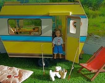 Reduced!!! VINTAGE MINIATUARE TRAILER/Caravan, originally for Sindy but perfect for 7-10in/17-23cm dolls like Lottie and Mini American Girl
