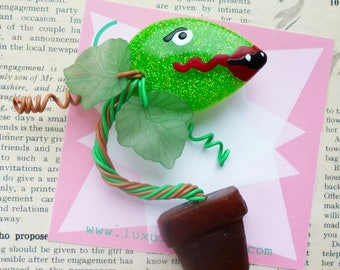 Audrey II Venus Flytrap novelty brooch sparkling vintage inspired confetti lucite Little Shop of Horrors brooch by Luxulite