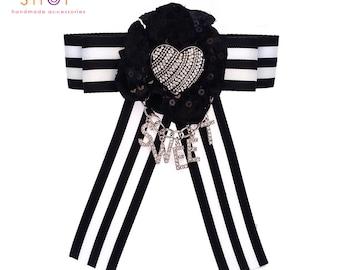Sweet heart bow brooch,Bow brooch, Sweet Heart jewelry,Ribbon Brooch,Luxury fashion Item,Personalized gift,Heart jewelry,Vintage brooch