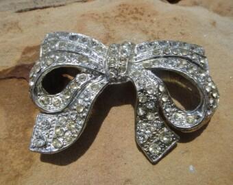 Vintage Bow Ribbon Brooch Pin Pendant