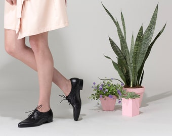 Oxford Shoes For Women, Black Woven Leather Shoes, Handmade Shoes, Black Loafers, Comfortable Flat Shoes, Casual Everyday Shoes