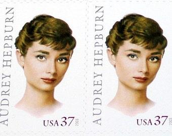 AUDREY HEPBURN .. Vintage Mint Postage Stamps .. Sheet of 20 stamps .. Hollywood Movie star and Ambassador against hunger .. Oscar winner