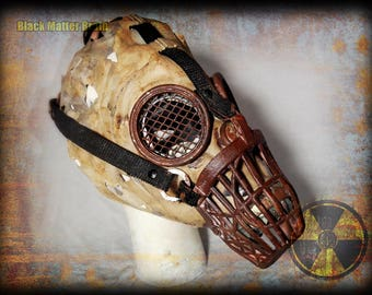 Postapocalyptic Gas Mask-asylum doggy-Wastelander Warrior