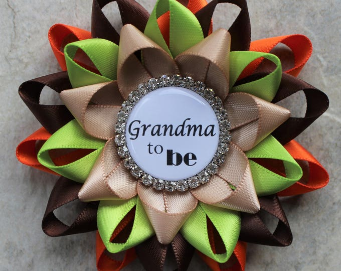 Baby Shower Decorations, Baby Shower Pins, Woodland Theme, Grandma to be, Grandpa, Nonna, Nonno, Uncle, Orange, Brown, Apple Green, Tan