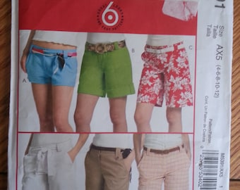 Short shorts / Summer /pockets / long / loose /for women/ shorts 2007 sewing pattern, Waist 22 23 24 25 26, Size 4 6 8 10 12, McCalls M 5391