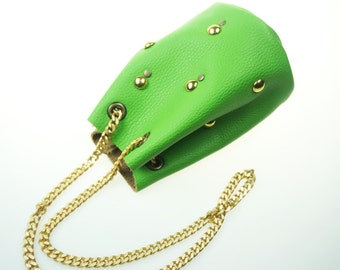 SALE 30% Discount - Bright Green Mini Bucket Bag with Chain Strap/Petite Green Leather Bag/Small Leather Purse/Green Leather Pouch –PouchEL5