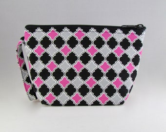 Pink and Gray Quatrefoil Makeup Bag - Accessory - Cosmetic Bag - Pouch - Toiletry Bag - Gift
