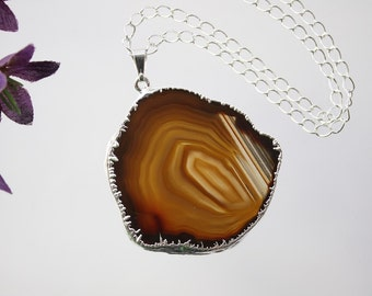 Brown Agate Necklace, Agate Pendant, Boho Jewelry, Boho Necklace, Layering Necklace, Silver Plated Agate Slice Jewelry, APS155