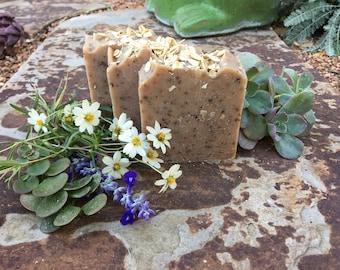 Oatmeal Honey & Goatmilk Soap
