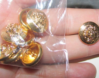 lion head round set buttons set of 10 only small left for now