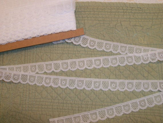 "5  Yards 7/8"" wide White Picket Fence Lace  for  Doll Clothes"