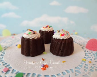 FAUX Mini Bundt Petit Four Fake Cakes English Tea Party Food Prop Photo Kitchen Decor Display