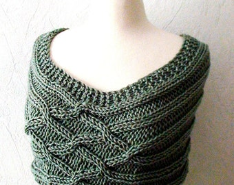 Shoulder Warmer Capelet Khaki/ Olive Green Acrylic