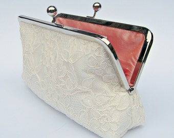 Ivory lace clutch, ivory bridal clutch, off white wedding clutch, ivory clutch, bridesmaid clutch, clutch purse, ivory lace purse, uk clutch