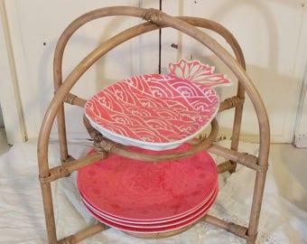 Vintage Rattan Plate Holder