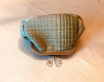 Diamond hasp kisslock coin purse in blue and green wool plaid