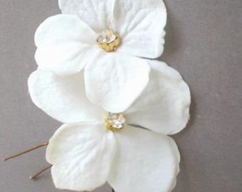 Elegant Bridal Blossom Hair Pins. Rhinestone Hair Jewelry GIFT... Chic Prom. Bride Maid Gift. Bridal Shower Gift. Flower Girl. Holida