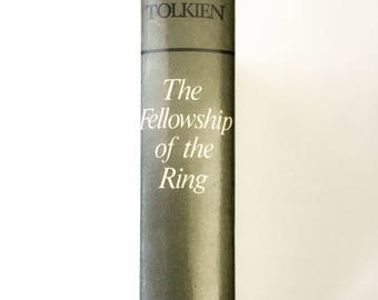 The Fellowship of the Rings / Tolkien / 6th Impression 1971 / J.R.R. Tolkien / Vintage and Collectable
