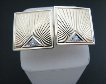 a861 Vintage 14k Yellow Gold Square Cuff Links with Diamonds