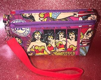Essential Wristlet Pouch ~ Double Zip ~ Disney Aristocats Marie ~Wonder Woman DC Comics ~ Cats Kittens