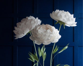 Flowers with Stem - Stand with Paper Flowers - Standing on its own - Self-standing Paper Flowers - Big Paper Flowers for Garden Party