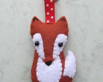Cute Felt Fox keychain/key ring 100% handsewn, ready to ship