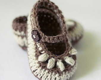 Crochet PATTERN  - Chocolate Baby Booties