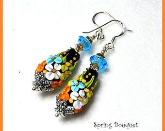 Black Earrings,Floral Earrings,Dangles,Flower Jewelry,Colorful Earrings,Woodland Earrings - COUNTRY GARDEN