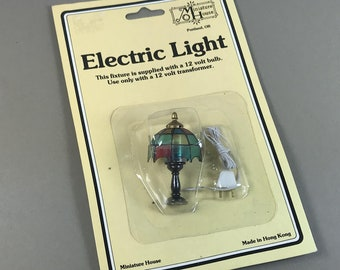 MINIATURE ELECTRIC LIGHT, 1:12 Scale Table Lamp, Miniature House, 1970's to 1980's, Old Stock in Package, Vintage Dollhouse Lighting Decor