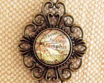 CLEARANCE! Vintage map pendant / glass cabochon map / Memphis city map pendant