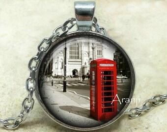 London art pendant, London necklace, London pendant, London jewelry, British necklace, British phone booth necklace, Pendant #SP140P