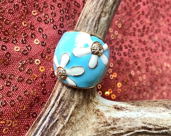 Blue enamel daisy ring