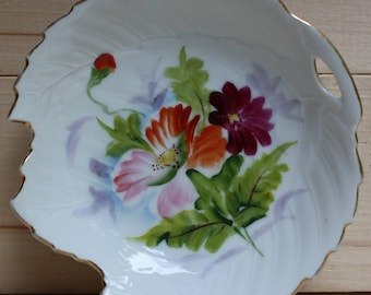 """MT  Little Floral Leaf Plate 5"""" diameter Hand-Painted made in Japan"""