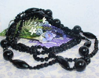Stunning Very Long Victorian Vintage Black French Jet Bead Necklace with Albert Catch 52 inches!