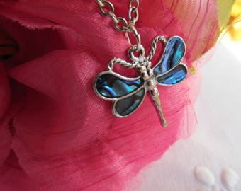 Necklace - Dragon Fly Pendant - On Chain - Vintage
