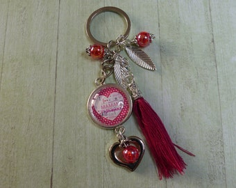"""Great Mom"" red keychain"