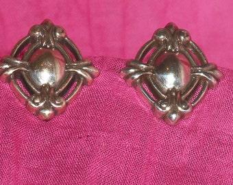 Vintage solid silver metal clip on earrings