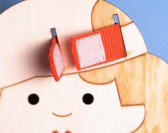 BUTTONS, Activity Doll, LACING, Develops, Small Motors Skills, Lacing, Shoe Laces, Zippers.